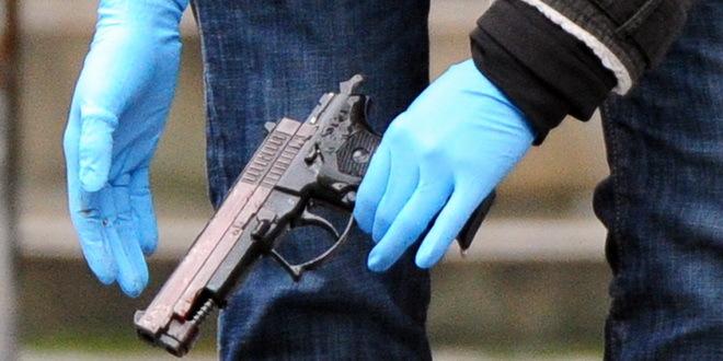 Beč: Nasred ulice ubio bivšu devojku Srpkinju, pa sebe