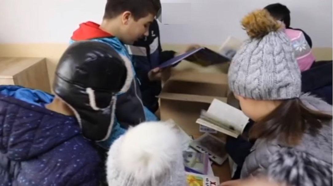 Užički darovi deci u enklavama