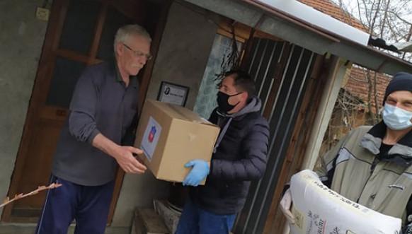 Paketi pomoći za 60 socijalno ugroženih porodica u Gračanici