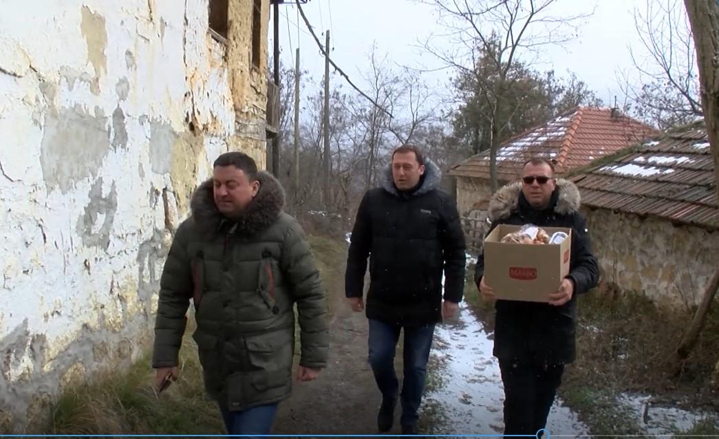 Todosijević: Nastojaćemo da rešimo goruće probleme stanovnika sela Valač