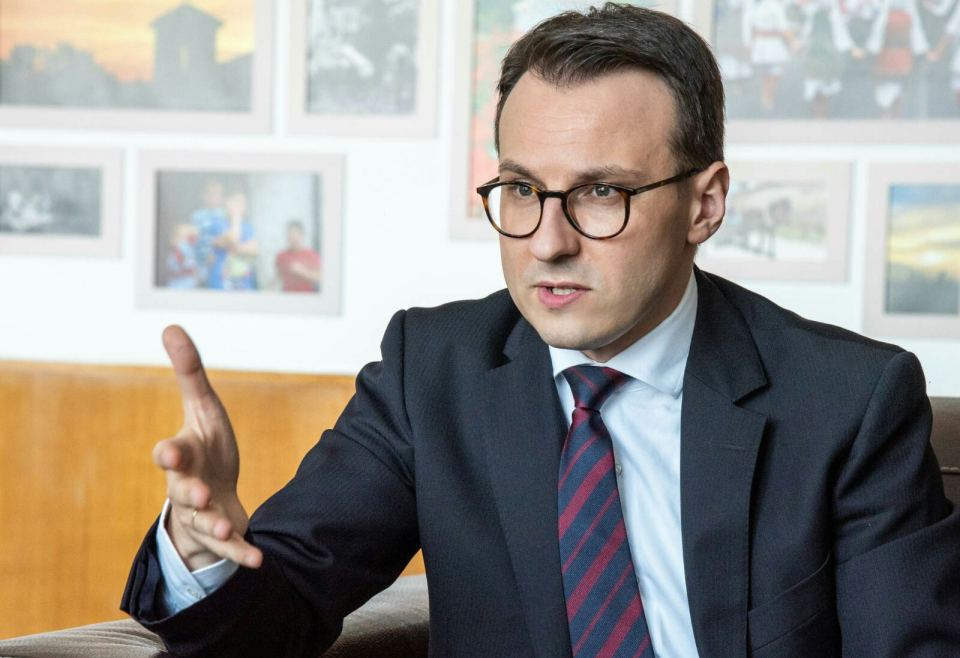 Petković čestitao Radojeviću ubedljivu pobedu