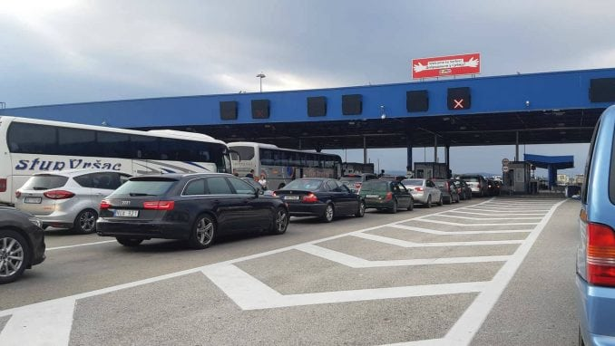 Pojačan saobraćaj na graničnom prelazu Preševo