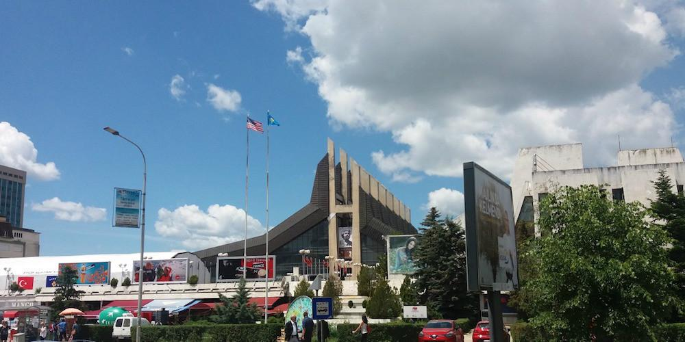 Kosovo odustaje od taksi na uvoz Albanske robe?