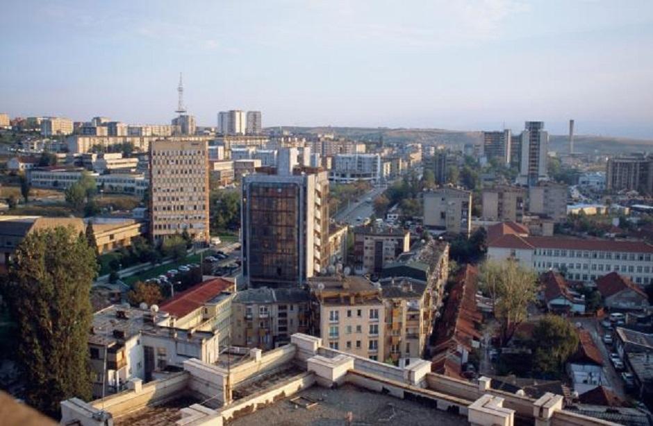 Surlić: Nova politička kriza u Prištini, Hoti pred velikim izazovima