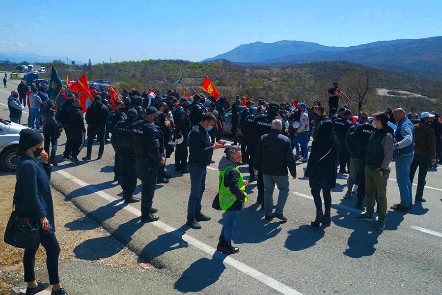 Protest kod Bogetića, blokiran put Nikšić-Podgorica