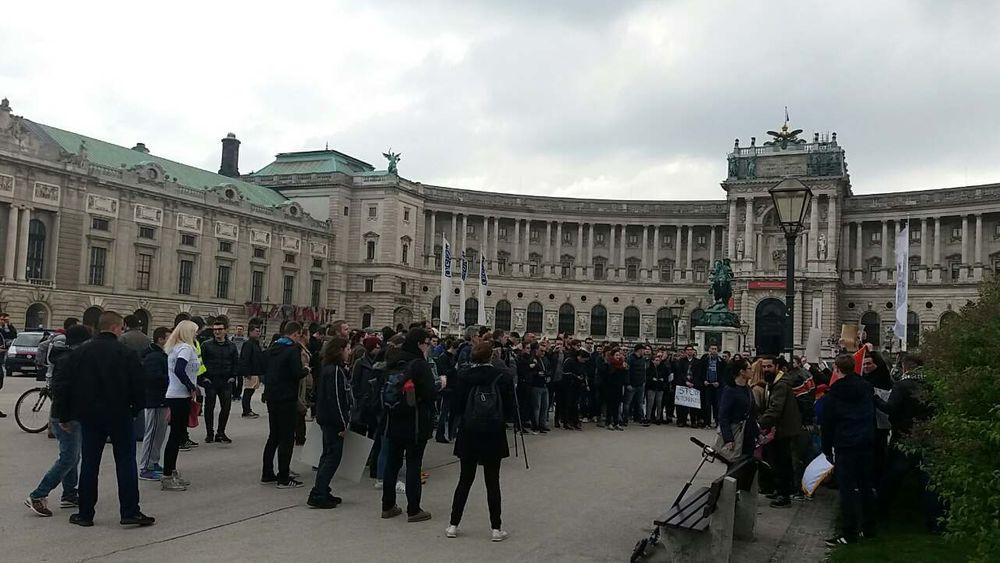 Protest Srba u Beču,