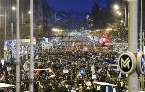 Budimpešta, hiljade protestuju protiv Orbanove vlade
