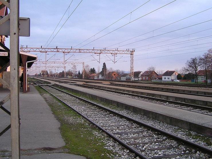 Iskliznulo pet vagona na izlazu iz stanice Ripanj, saobraćaj u prekidu