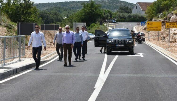 Otvoren put od Ulcinja do granice sa Albanijom