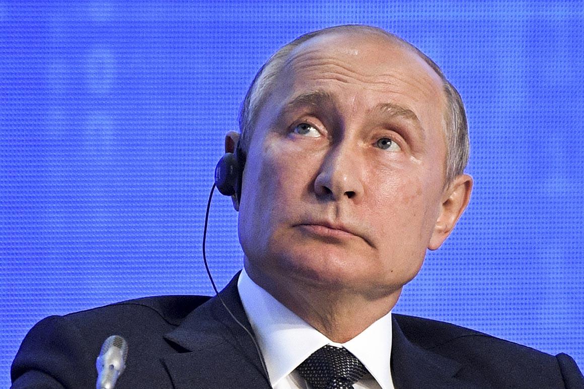 Putin strahuje od