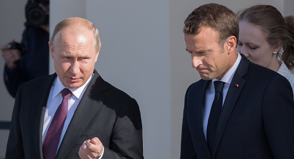 Putin i Makron razgovarali o Nagorno-Karabahu, korona virusu
