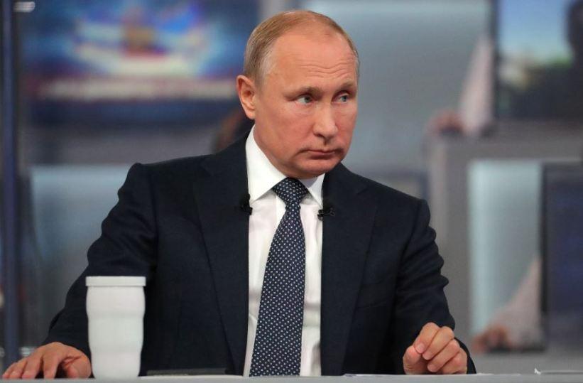 Putin: Ne prestaju pokušaji revizije istorije