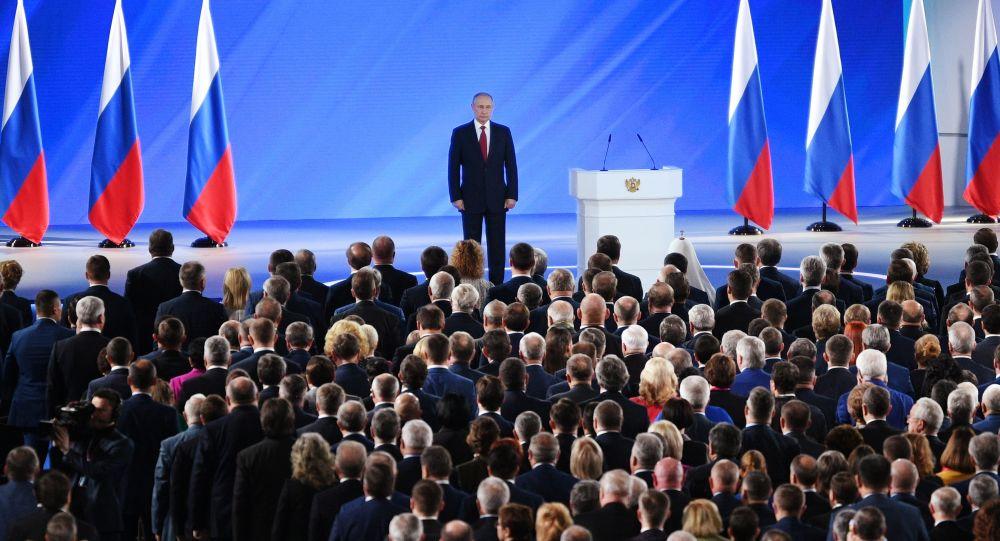 Putin neće menjati Ustav kako bi sebi omogućio i treći mandat