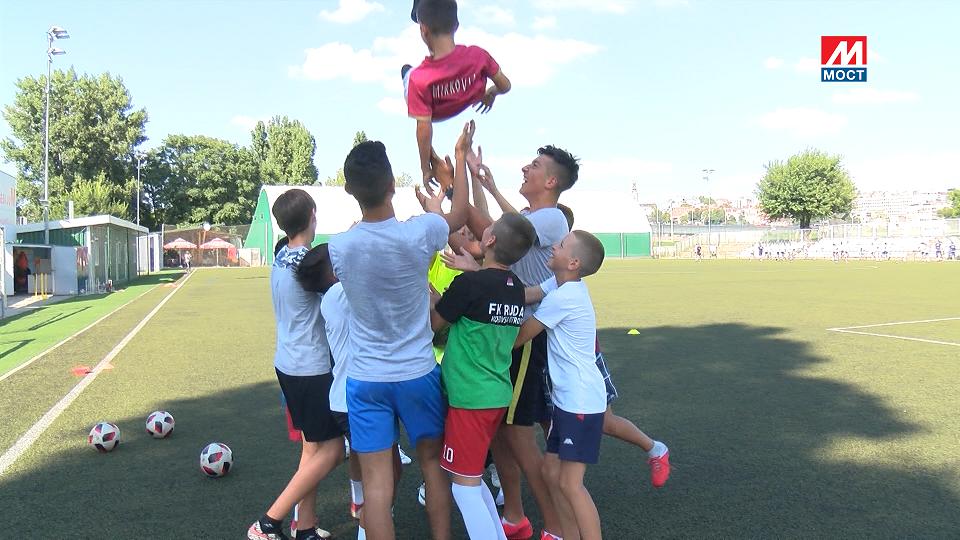 SPORTSTARS: Sportski kamp za decu sa KiM u Beopgradu
