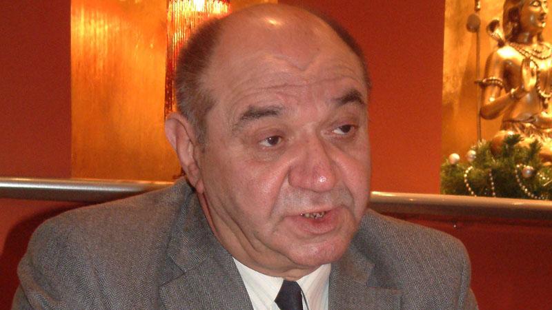 Preminuo Rajko Đurić, novinar i borac za prava Roma