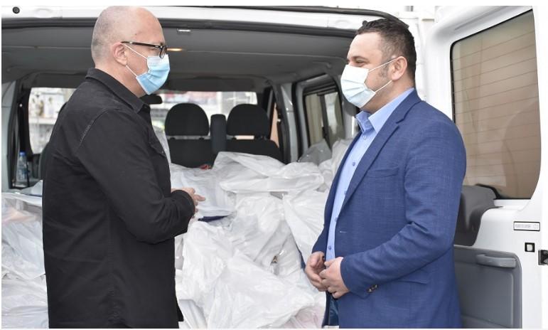 Gračanica: Predsednik Srpske liste Goran Rakić doneo pomoć u poplavljene srpske sredine