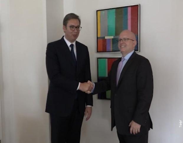 Vučić sa Rikerom i Palmerom o Kosovu