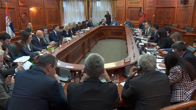 Član ekspertskog tima Mitropolije: Predstavnici Vlade otvoreni za razgovor o izmeni spornog zakona