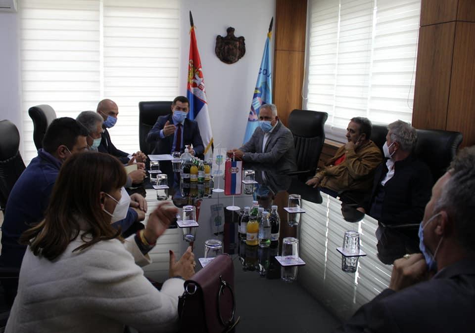 Već sedam godina deca Južnobačkog okruga pomažu svojim drugarima u Leposaviću