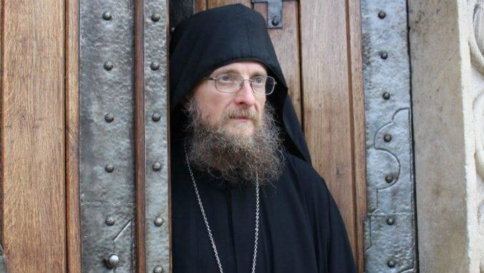 Iguman Sava: Put pored manastira će povećati saobraćaj, zagađenje i buku
