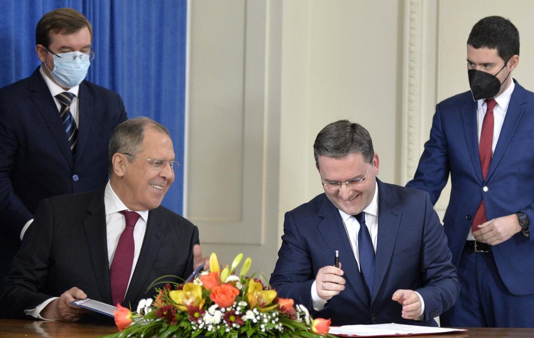 Lavrov: Rusija pruža punu podršku Srbiji po pitanju KiM