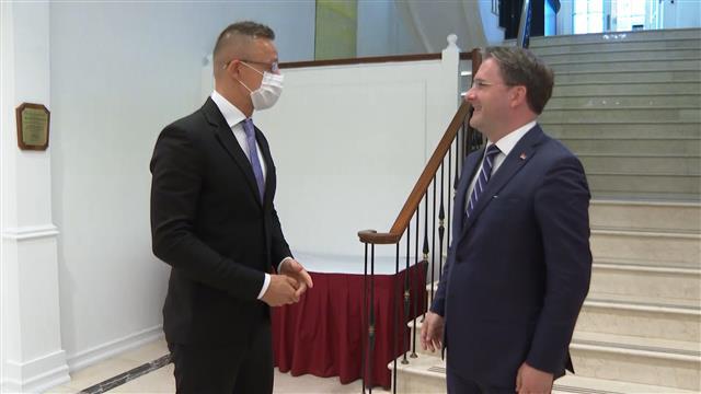 Selaković: Čvrsti i prijateljski odnosi Srbije i Mađarske
