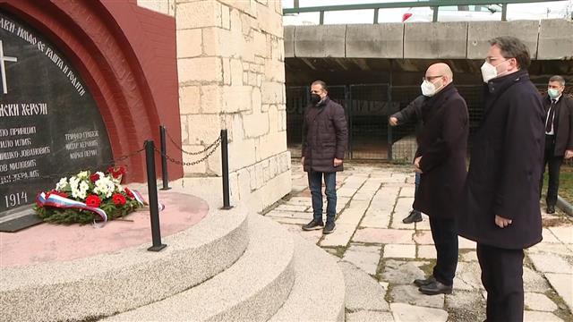 Selaković položio venac ispred kapele