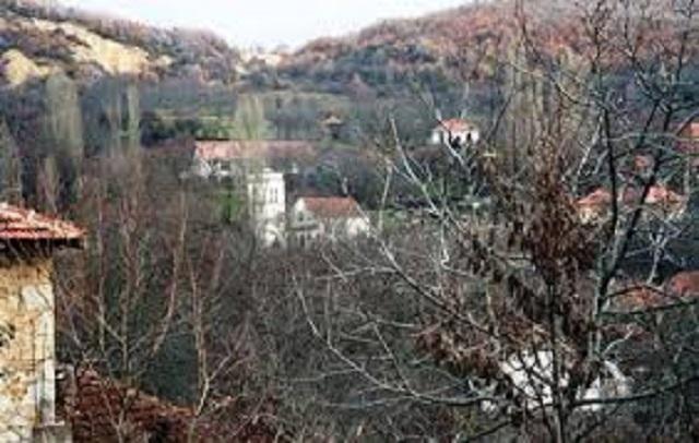 Udruženje građana Kosovsko-mitrovačkog okruga obezbedilo nameštaj za OŠ u selu Banje