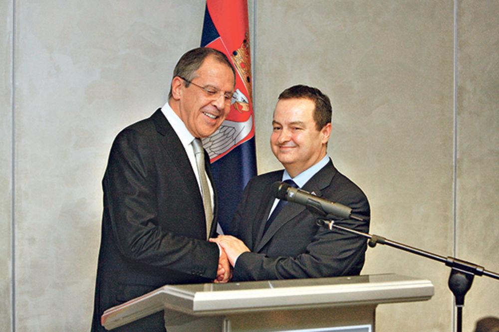 Odložena poseta Lavrova, Rusija će pomoći Srbiji