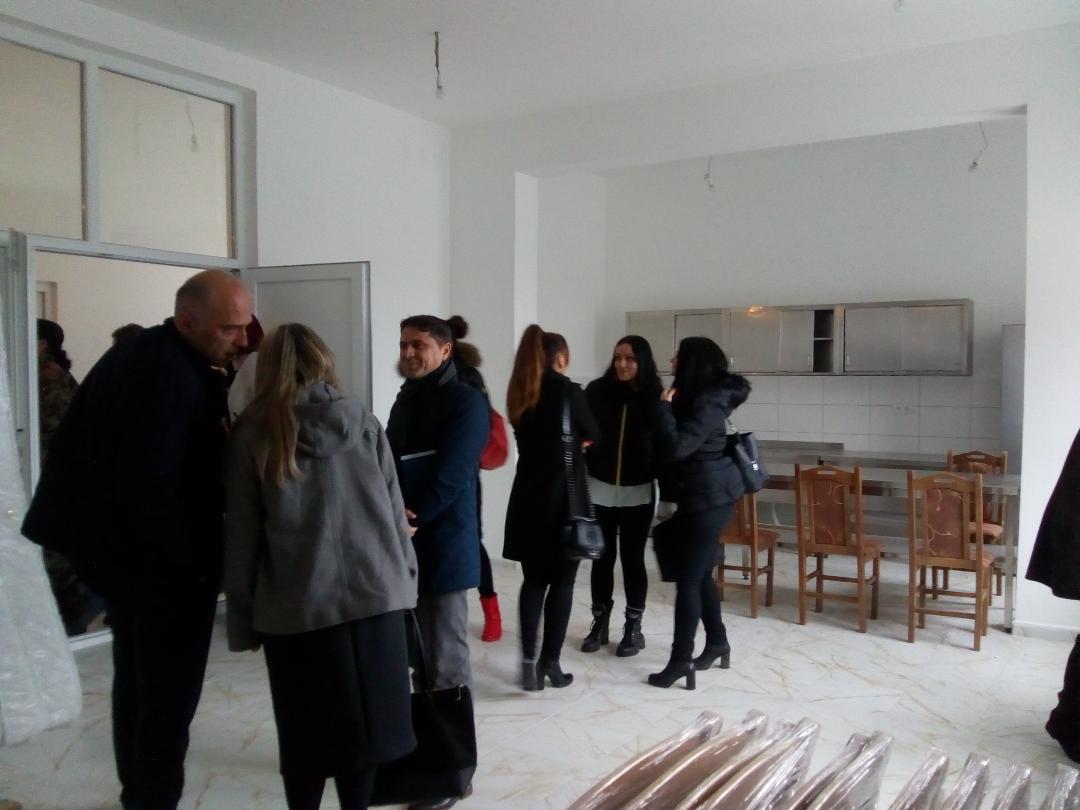 Prva poseta Sigurnoj kući u Zubinom Potoku: Danonoćna zaštita za žrtve porodičnog nasilja