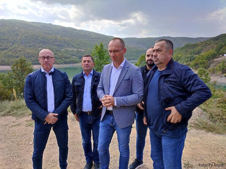 Simić: Kfor se neće mešati u političke teme, biće na terenu kako bi sprečio eventualne incidente
