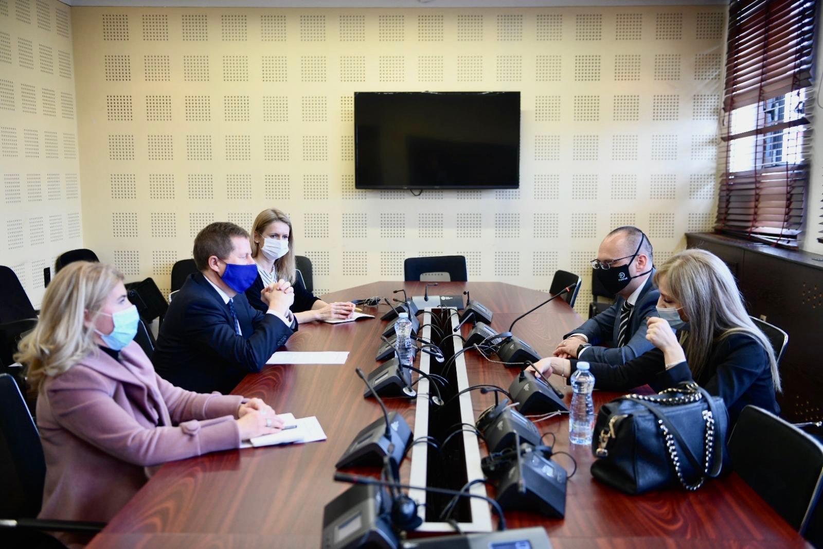 Simić i Nikolić sa Suniogom o političkoj situaciji na KiM