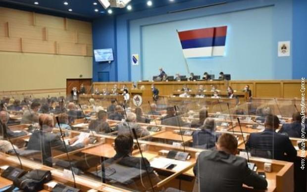 Skupština RS usvojila zaključak da se odluka o zabrani negiranja genocida ne primenjuje