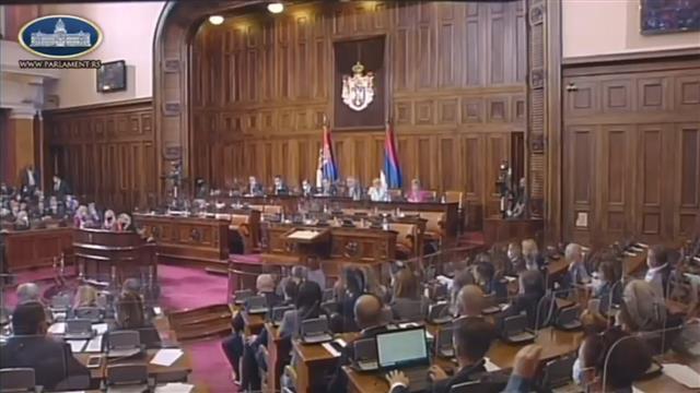 Novi parlament usvojio po hitnom postupku tri od 14 zakonskih propisa