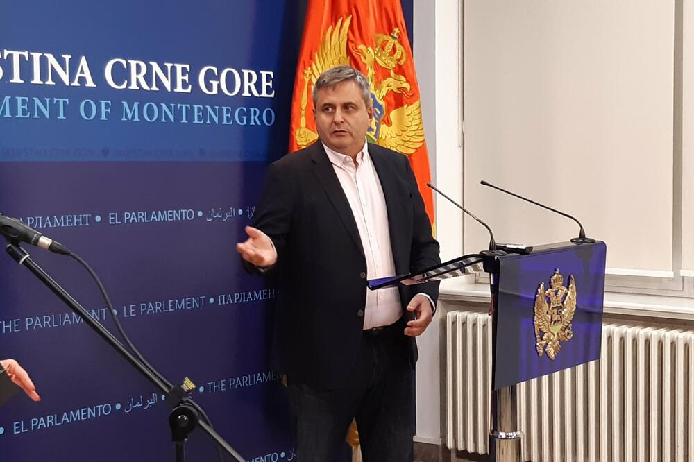 Crnogorski parlament o novoj vladi 24. novembra