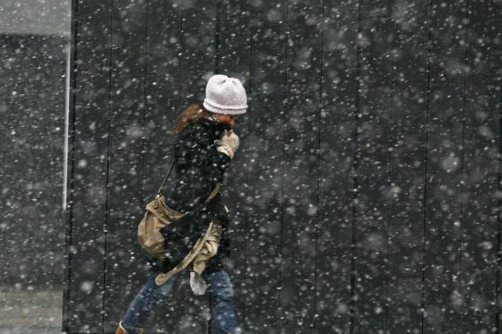 Hladno i uglavnom oblačno, ponegde sa susnežicom