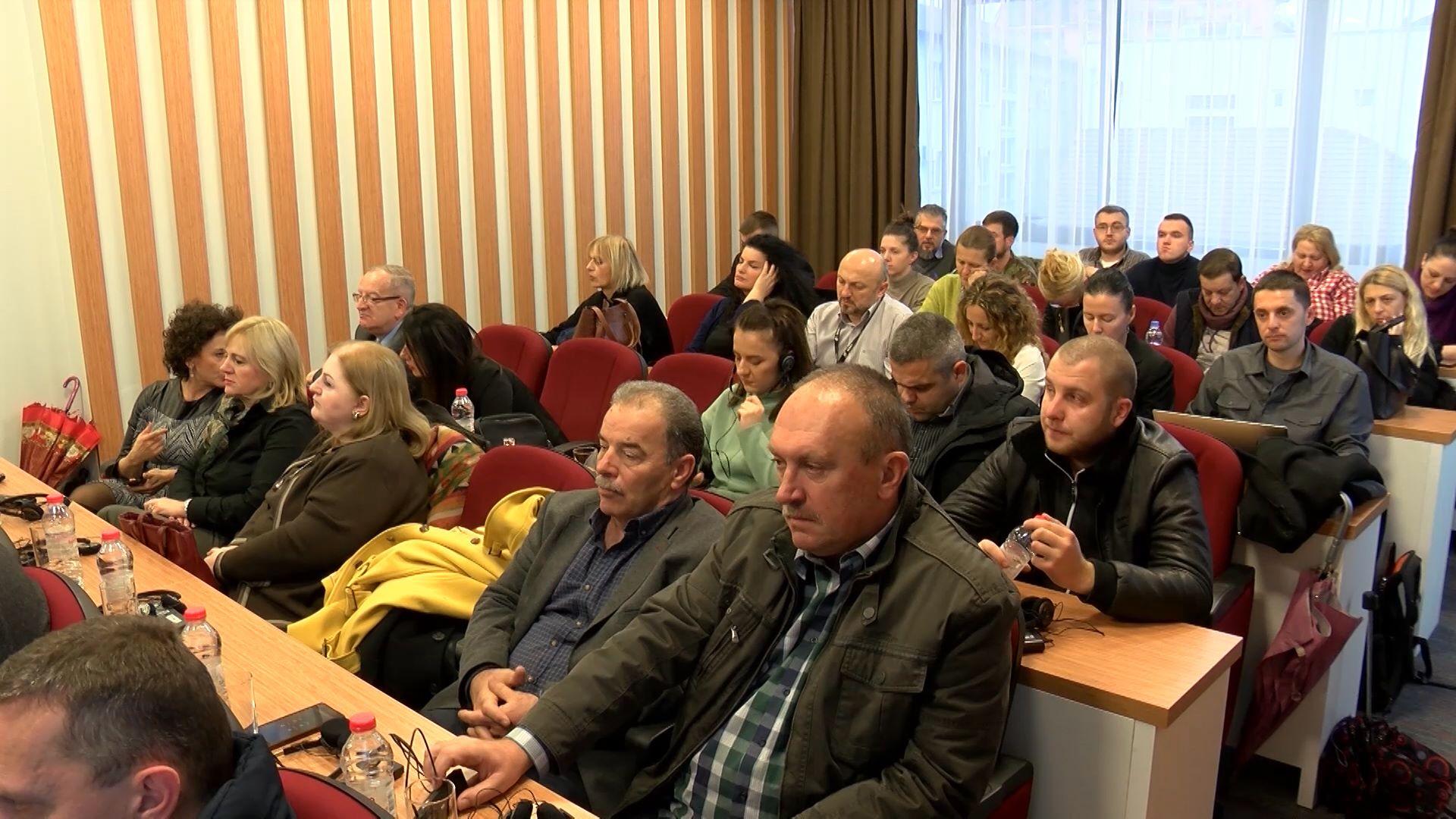 Odbornici SO Severna Mitrovica osudili presudu Todosijeviću, podržali odluku Srpske liste