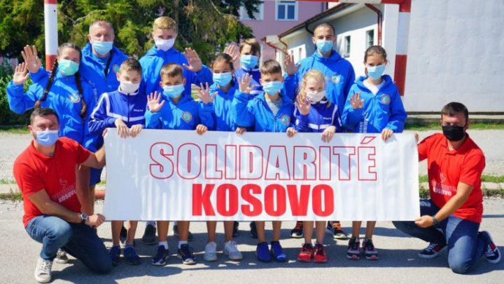 "HO ""Solidarnost za Kosovo"" obezbedila opremu atletičarima iz Prilužja"