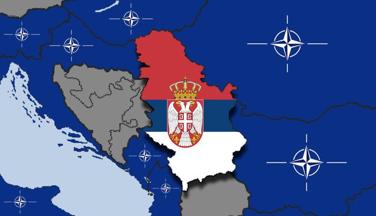 NATO zvaničnik Engelu: Srbija ima pravo na svoj izbor