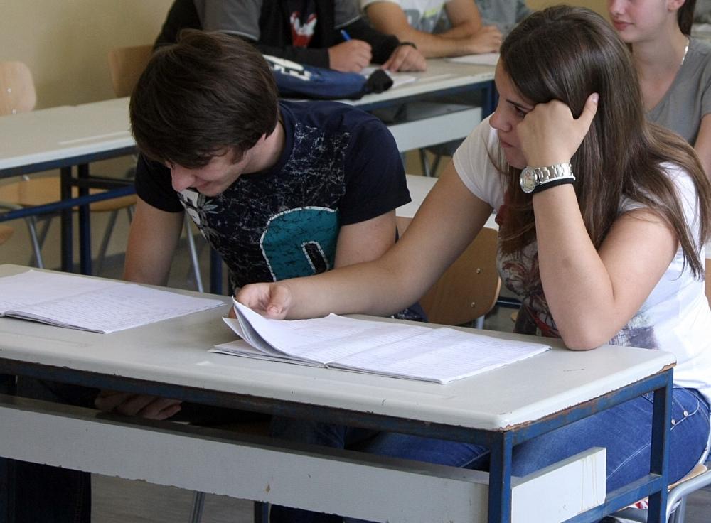 Obavezna srednja škola u predlogu strategije obrazovanja