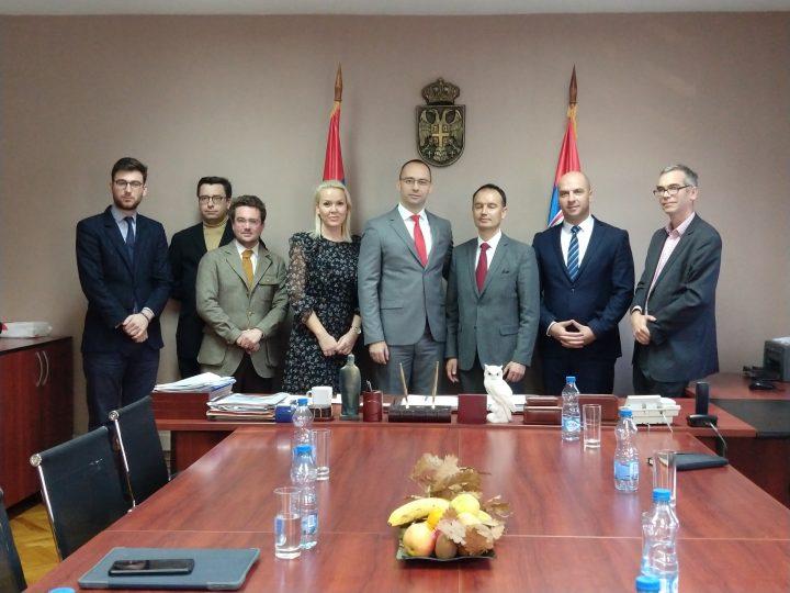 Sastanak predstavnika SL sa francuskim parlamentarcima; Svedočićemo o realnim problemima Srba na KiM