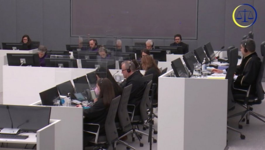 Priština krije dokaze od Suda: DŽek Smit, glavni tužilac za zločine na KiM, upozorio EU na uništavanje dokumenata i nestanak svedoka