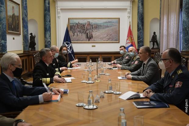Stefanovića sa admiralom Burkom o saradnji Vojske Srbije sa NATO