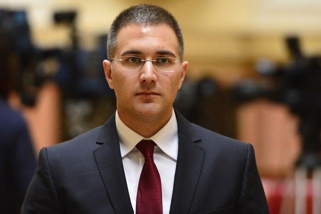 Stefanović: U samoizloaciji 80.000 ljudi, meru prekršilo 290