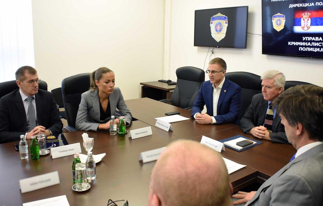 Stefanović i Skot o borbi protiv transnacionalnog kriminala