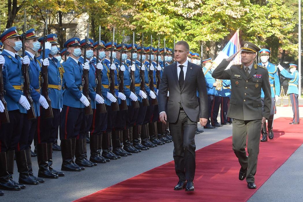 Stefanović čestitao Dan oklopnih jedinica Vojske Srbije