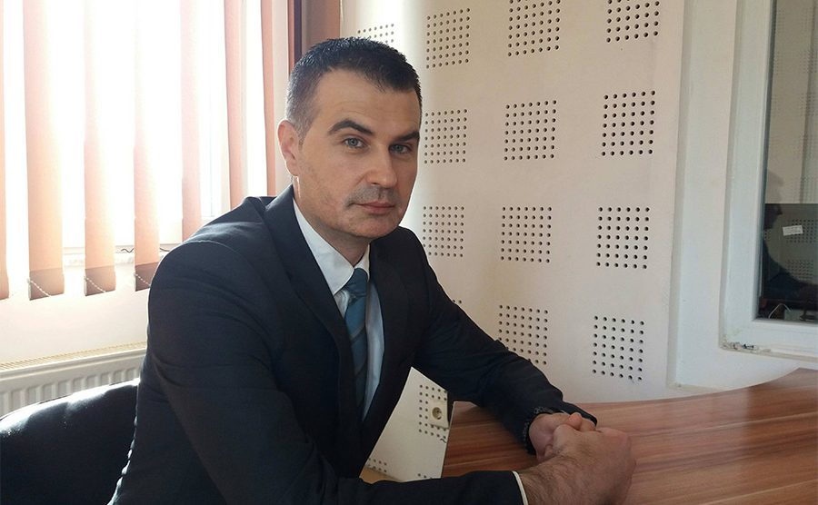 Veselinović: Odluka o srpskim glasovima politička, ne pravna