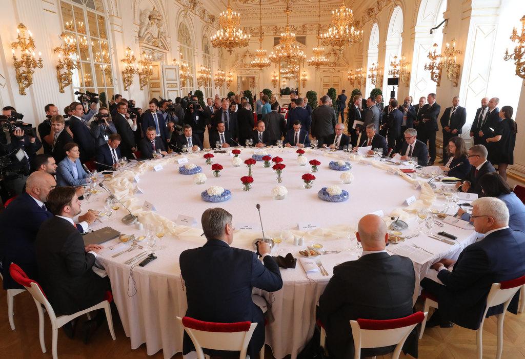 Premijeri: Ubrzati integracije Balkana