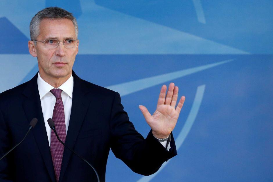 Stoltenberg: Srbija sama odlučuje