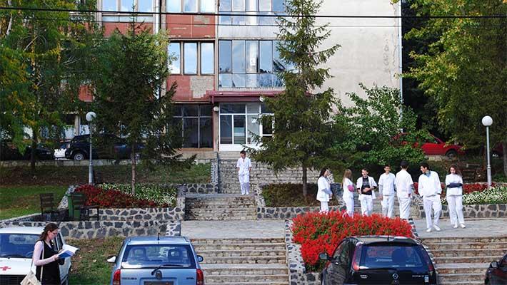 U srpskim bolnicama na Kosmetu leče se svi
